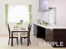 料理好きな奥様様に広々と使える対面型のキッチンを設置しました。